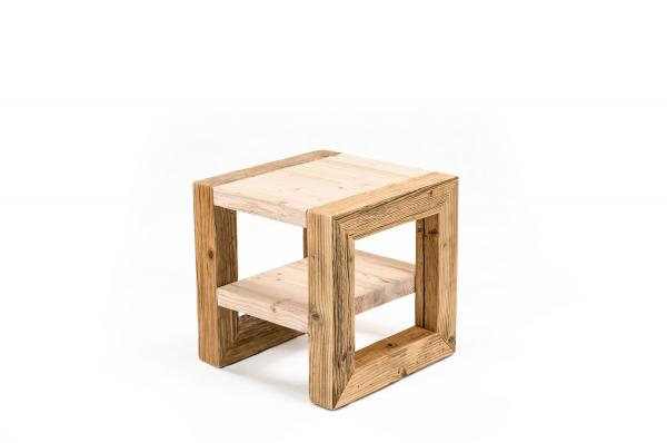 Coffee Table mit Ablage
